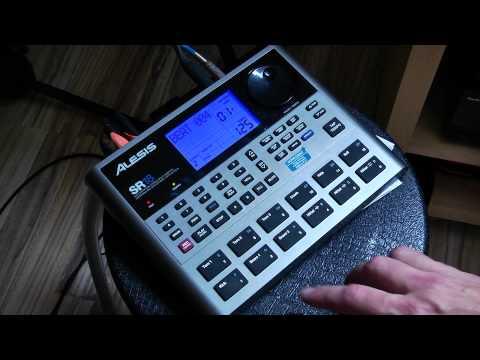 Drum Machines Alesis SR-18 Beat