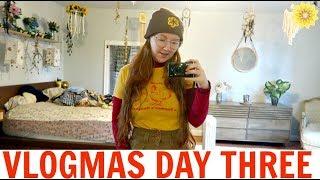 THRIFTING CHRISTMAS DECOR | VLOGMAS DAY 3 | 2018