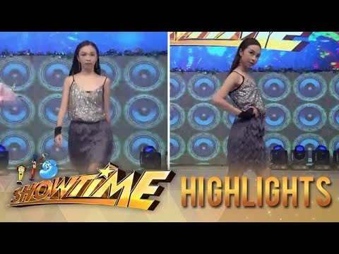 It's Showtime: Maymay shows everyone how to walk like a model on It's Showtime