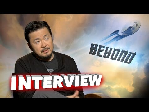 """Star Trek: Beyond: Director Justin Lin on """"Working with Cast"""" in Exclusive Interview"""