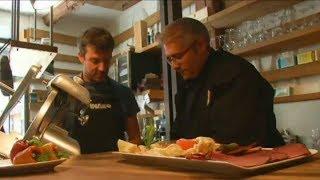 France  Paris restaurants open kitchens to refugee chefs