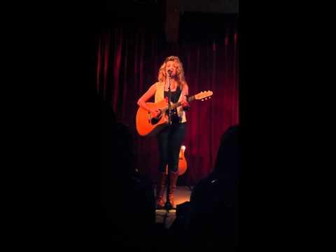 Tori Kelly - Doodle Um & Bring Me Home (Live)
