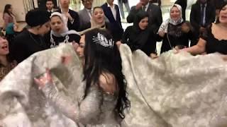 صحاب العروسه خربو الدنيا جامد علي اغنيه اجدع صحاب