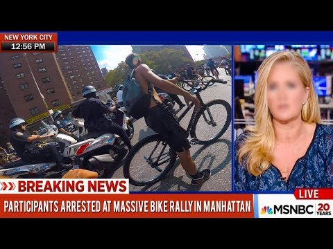 NYPD TRYS TO SHUTDOWN 1000+ SAVAGE BIKE RIDERS IN MANHATTAN!