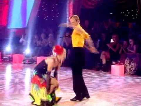 Wk10 Showdance - Zoe & Ian