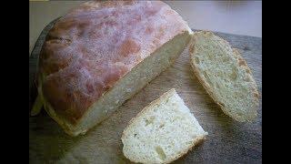 Домашний белый хлеб на сыворотке.