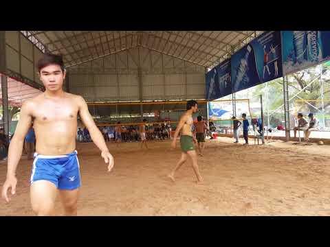 Amazing Khmer volleyball fighting in Siem Reap : ពិតជាលោតសឺវិសខ្លាំងមែន