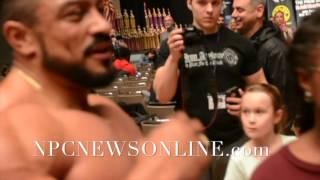 IFBB Pro Bodybuilder Roelly Winklaar Guest Posing Video From :2016 NPC Natural OHIO