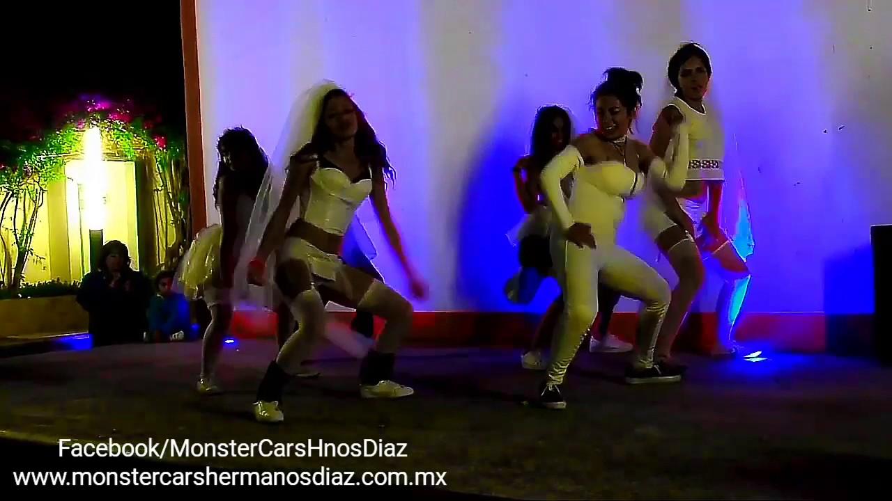 Desfile De Autos Enlodados Monster Cars Hnos Diaz Youtube