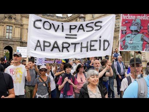 """""""Por la libertad y contra una dictadura sanitaria"""", miles de personas se manifiestan en Fr"""