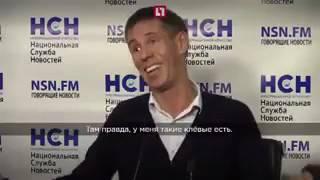 ШОК! Алексей Панин, опять мастурбирует на улице в чулках!