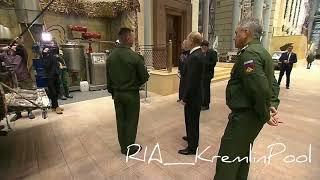 Военните се похвалиха на Путин с трофеите от Сирия