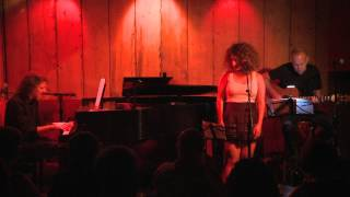 "Sarah Wise sings Patty Griffin's ""Rain"" at Rockwood Music Hall Stage 3, 8/27/2014"