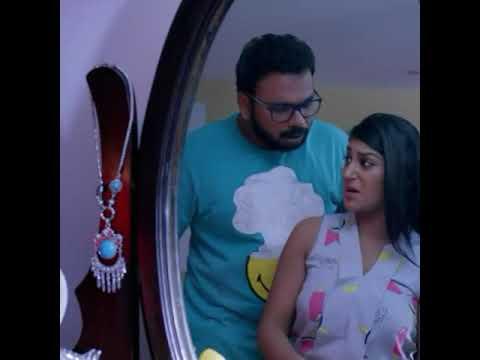 Iruttu Araiyil Murattu Kuththu Tamil Movie