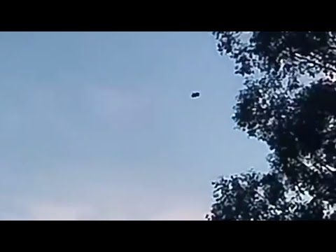 nouvel ordre mondial   UFO sighted Over Hastings, Victoria, Australia - May 31, 2018