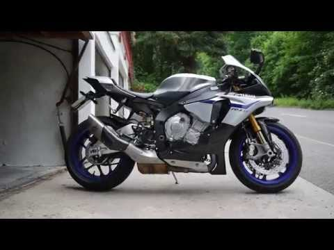 175mph battle yamaha r1m vs 1000 hp supra funnycat tv. Black Bedroom Furniture Sets. Home Design Ideas