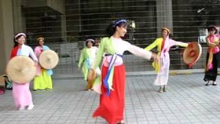 Em Di Xem Hoi Trang Ram-Dance Practice Performance