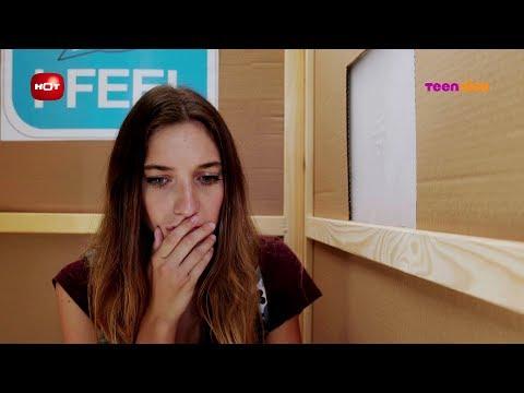 נעלמים 2: הרגעים הגדולים - דריה שומעת את אלון בתא הוידוי | טין ניק