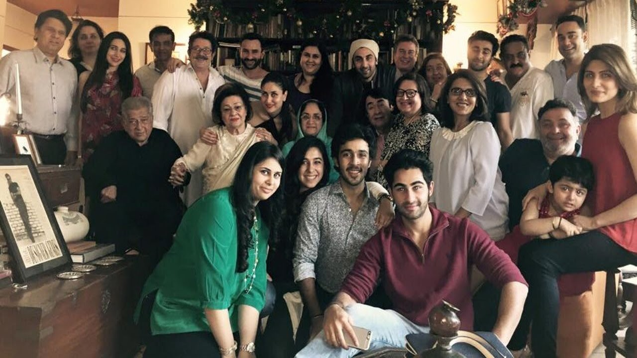 Kapoor Family Gets Together For Christmas Dinner