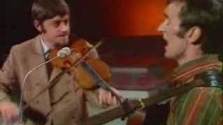 "Martin Carthy ""Byker Hill"" with Dave Swarbrick"