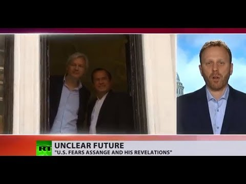 Assange embarrasses US govt, CIA; they fear him & his revelations – Max Blumenthal
