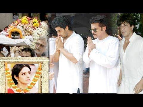 Emotional Bollywood Celebs At Sridevi's House In Mumbai - Shah Rukh Khan, Rajinikanth, Kamal Haasan