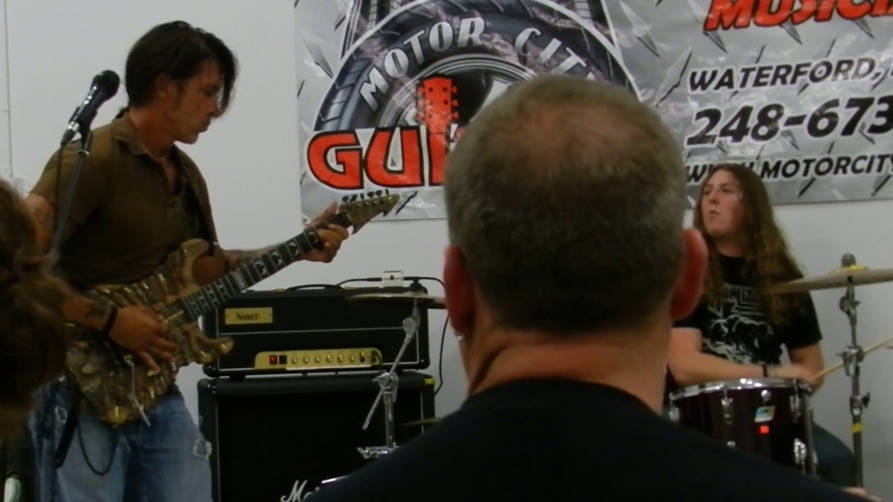 George lynch motor city guitar kiss of death youtube for Motor city guitar waterford