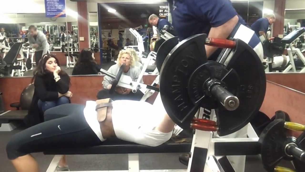 Stamatia Scarvelis 235lb - 107.5kg Bench Press - YouTube