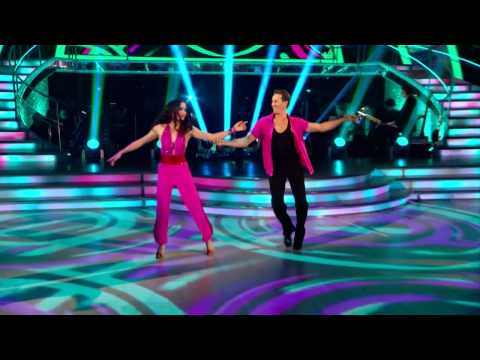 Victoria Pendleton & Brendan Cole  - Cha Cha Cha - Strictly Come Dancing 2012 - Week 1