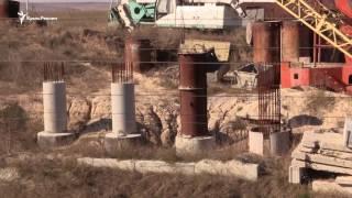Грандиозная стройка: крымские дороги и халатность