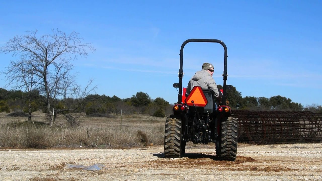 Demo of Branson 2800h Tractor w/ Loader, 4WD, Great Condition, Gear Shift  Transmission