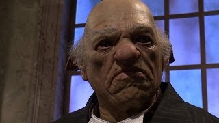 GRINGOTTS BANK Animatronic Goblins - Diagon Alley - Wizarding World Of Harry Potter