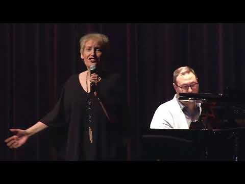 Liz Callaway Performs Journey To The Past