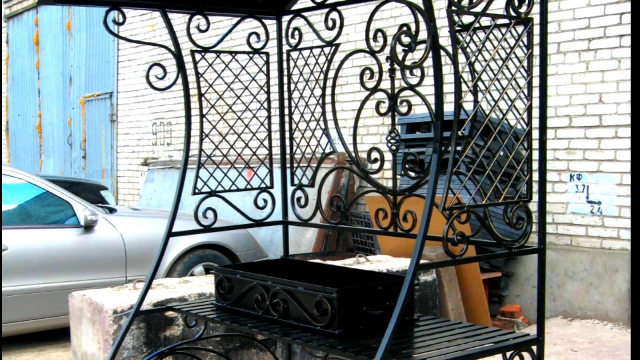 Выбор мангала на дачу. Мангал — неотъемлемый атрибут дачи, где по праздникам и выходным жарят шашлыки. Особенно популярны кованые мангалы — они многофункциональны и красивы. Такая конструкция непременно станет акцентом участка и местом, которое будет притягивать друзей.