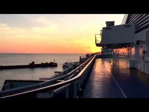 Cruise Ship Plays