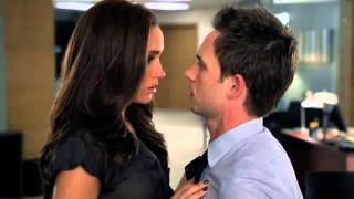 Repeat youtube video Suits S01E10 Mike and Rachel First Kiss