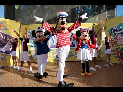 Sailing Away Deck Party! Disney Fantasy! Featuring Mickey and Minnie in their new looks!