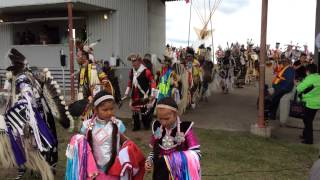Northern Cree @ Ermineskin pow wow grand entry
