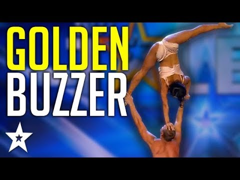 Stunning Acrobat Act Gets GOLDEN BUZZER On Spain&39;s Got Talent 2019  Got Talent Global