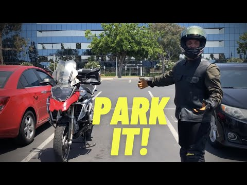 How To Park Between Cars In Parking Lot!