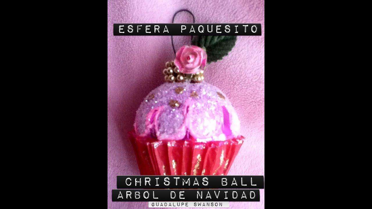 Panquesito cupcakes de esfera y diamantina decoraci n for Decoracion con esferas de navidad