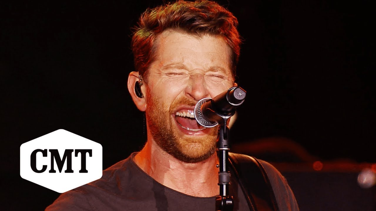 """Download Brett Eldredge Performs """"The Long Way"""" 