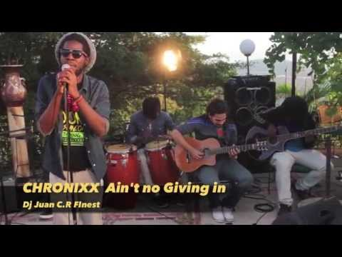 CHRONIXX   AIN'T NO GIVING IN  FINEST VIDEO