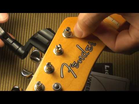 How to string a guitar with Vintage Tuning Machine Heads