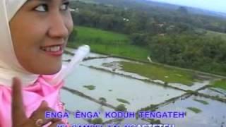 Video Pulau Madureh - Siti Maimunah download MP3, 3GP, MP4, WEBM, AVI, FLV November 2018
