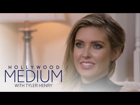 Tyler Henry Shocks Audrina Patridge With Unborn Baby News | Hollywood Medium with Tyler Henry | E!