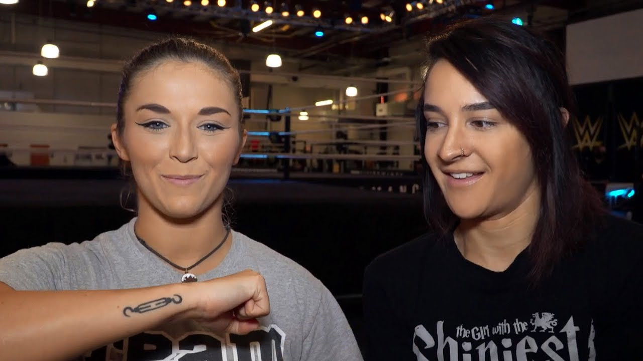 how-did-these-nxt-superstars-react-to-being-offered-a-wwe-contract-ask-the-wwe-pc-feb-17-2018