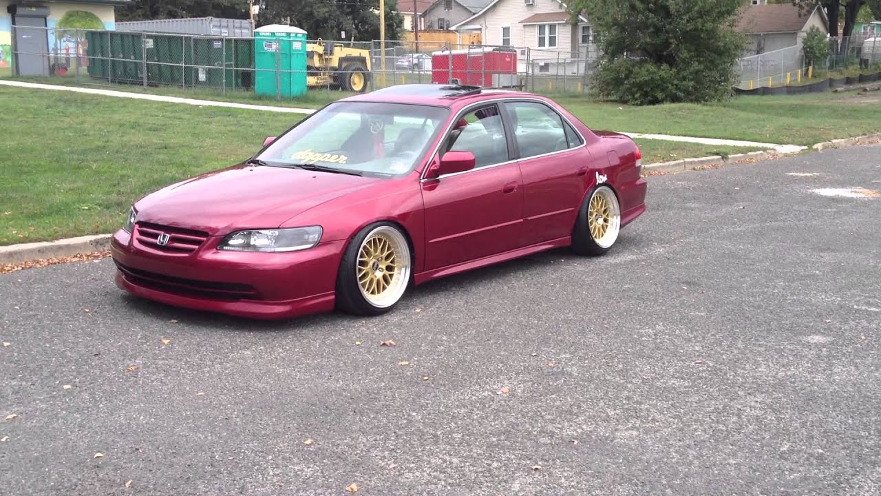 Walk Around 01 Honda Accord Slammed