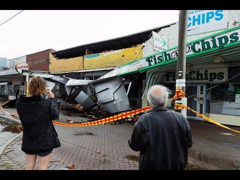 غرب أستراليا يعاني من أسوأ إعصار منذ عقد  - نشر قبل 5 ساعة