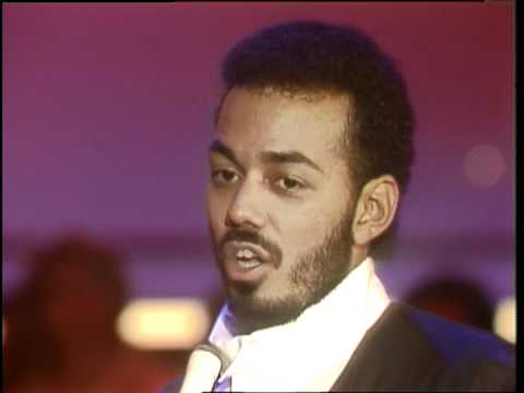 Dick Clark Interviews James Ingram - American Bandstand 1983